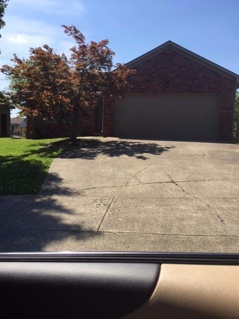 261 Applegrove Drive, Nicholasville, KY 40356