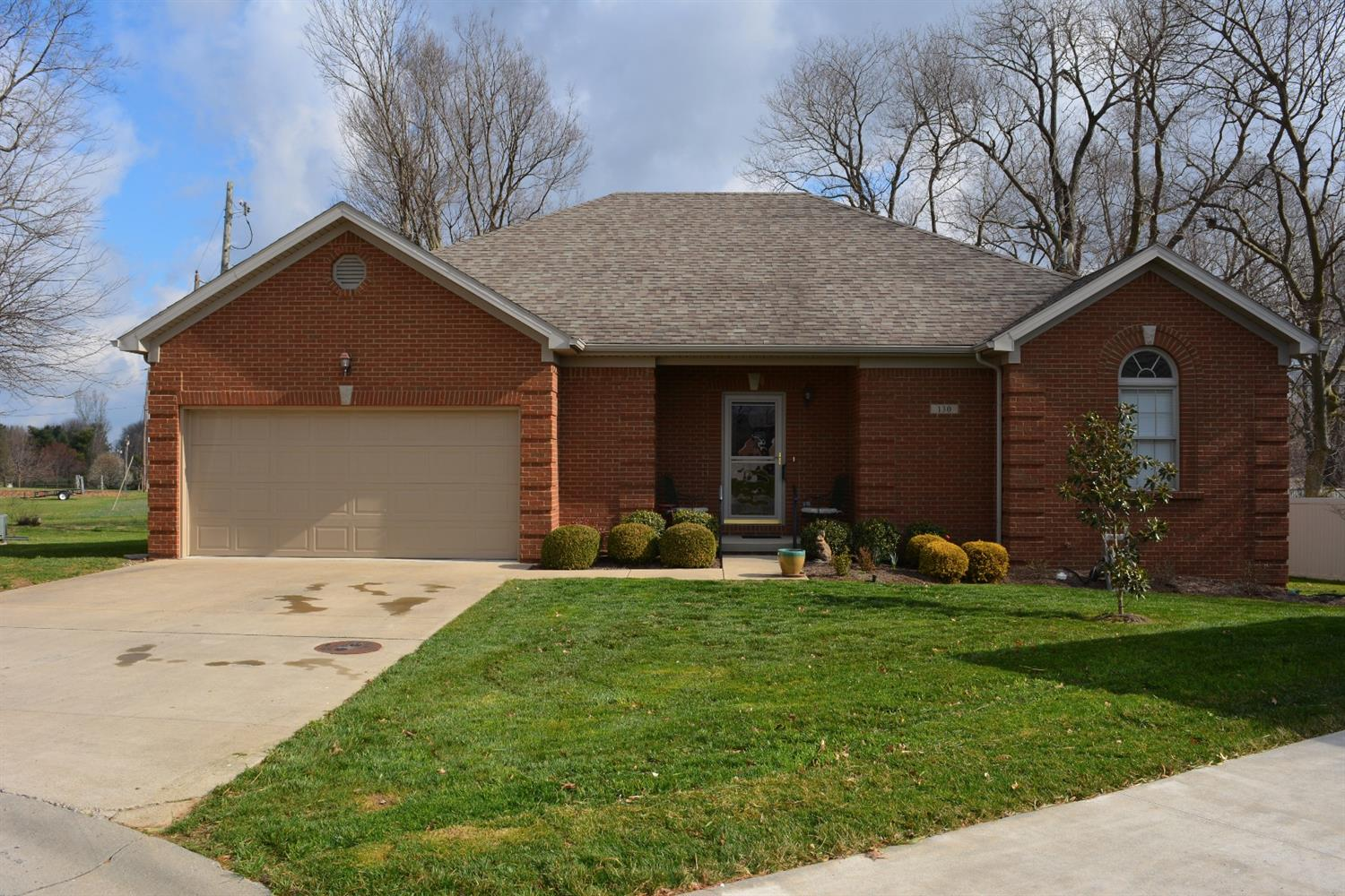 Home For Sale at 123 Kendall Dr, Danville, KY 40422