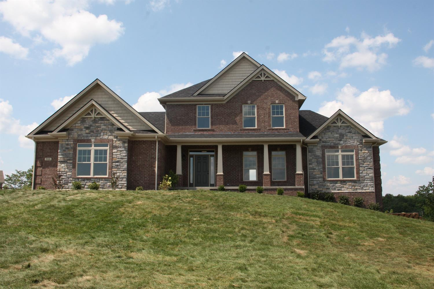 Home For Sale at 408 Quail Creek Ct, Richmond, KY 40475