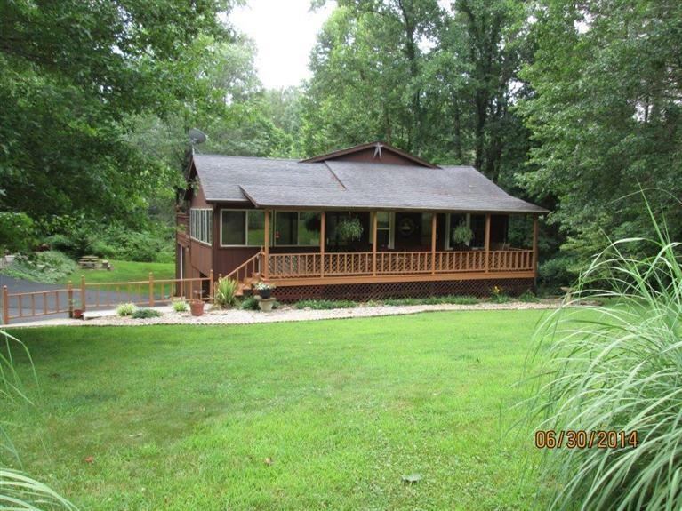 525%20View%20Point%20Rd%20Jamestown,%20KY%2042629