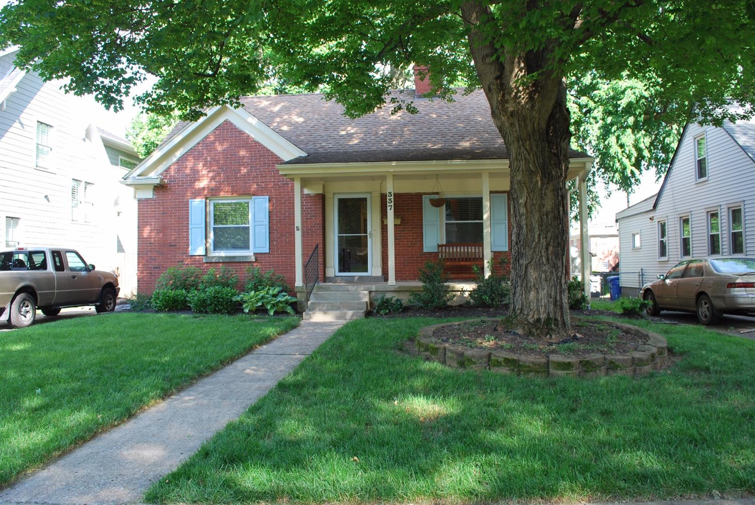 Home For Sale at 319 Ridgeway Rd, Lexington, KY 40502