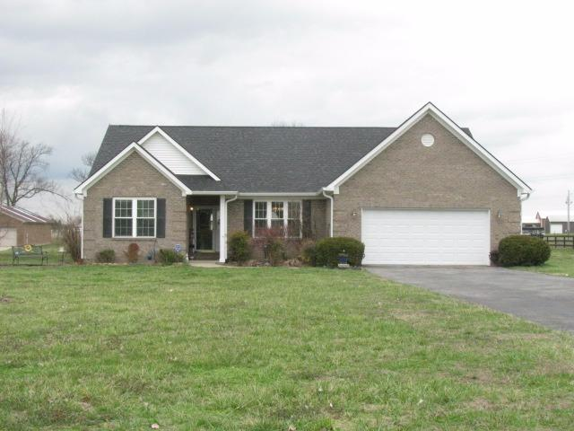 Home For Sale at 174 Governor Crossing, Lancaster, KY 40444