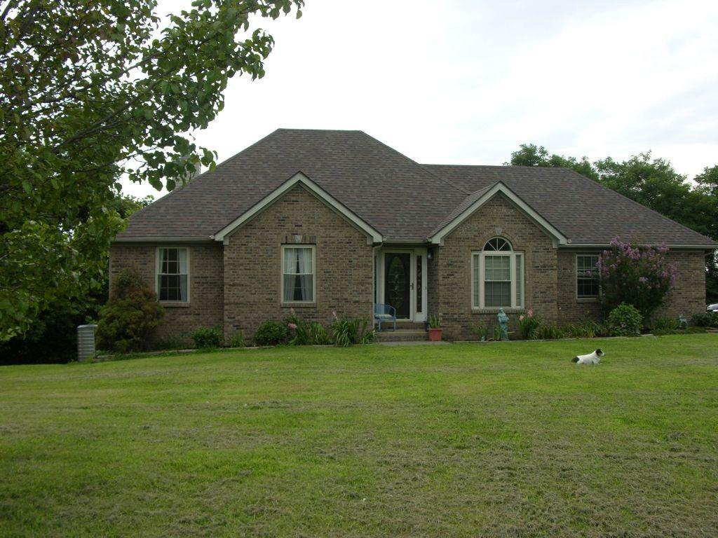 Sharp%20exterior%20design%20on%205.05%20acres%20of%20land!%20%202%20acres%20are%20heavily%20wooded%20providing%20an%20awesome%20private%20atmosphere%20out%20back.%20%2015%20minutes%20from%20EKU%20By-pass%20in%20Richmond,%2010%20minutes%20to%20Lancaster%20and%2030%20minutes%20to%20Nicholasville%20Road%20in%20Lexington!%20%203%20bedrooms,%203%20baths,%20Formal%20DR,%20Spacious%20Kitchen%20with%20lots%20of%20cabinet%20space%20and%20bar%20overlooking%20breakfast%20area%20and%20Living%20Room!%20The%20full%20basement%20has%20a%20large%20Family%20Room%20w/stone%20fireplace,%20rec%20room%20full%20bath,%20workshop/utility%20garage%20area!%20%20The%20home%20sits%20back%20off%20the%20road%20with%20scenic%20views%20all%20around.%20%20Apple%20and%20Mulberry%20trees.%20%20Brand%20New%20Dimensional%20Shingles%20in%20July,%20HVAC%20is%20a%20Maytag%20unit%20only%204%20years%20old%20with%20a%2013%20yr%20warranty,%20Water%20Heater%20is%203%20yrs%20old.