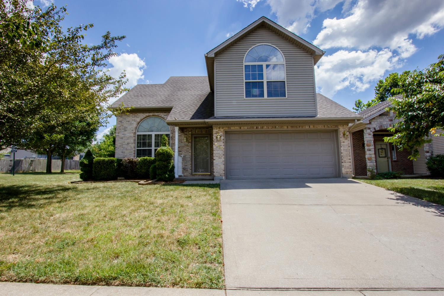 200 White Oak Trace, Lexington, KY 40511