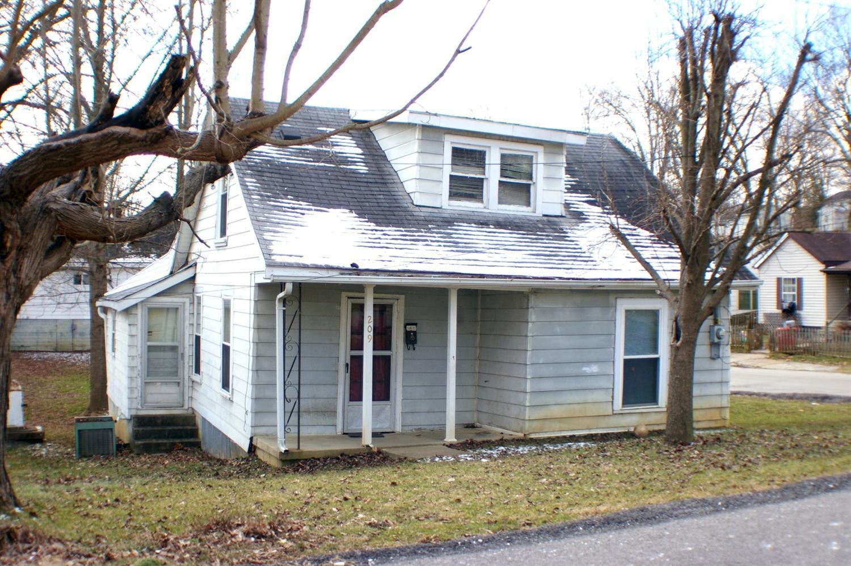 209 Hinkston Ave, Cynthiana, KY 41031