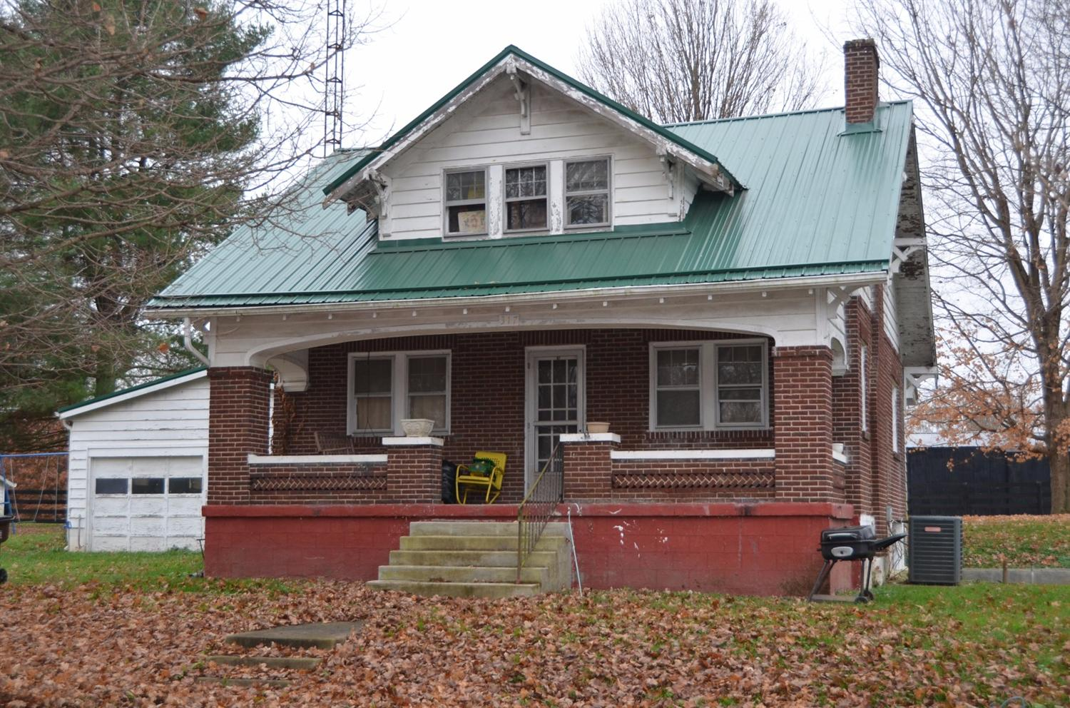 317 N Second St, Berry, KY 41003