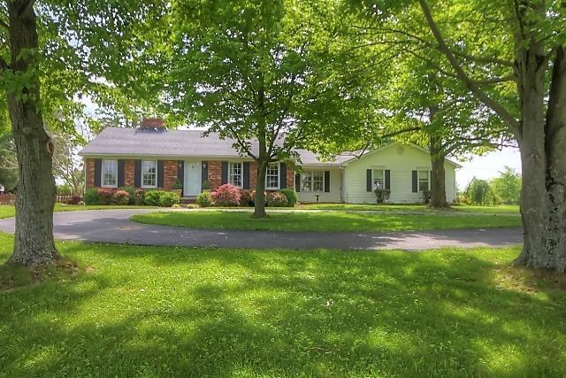 Property for sale at 7240%20Russell%20Cave,%20Lexington,%20KY%2040511