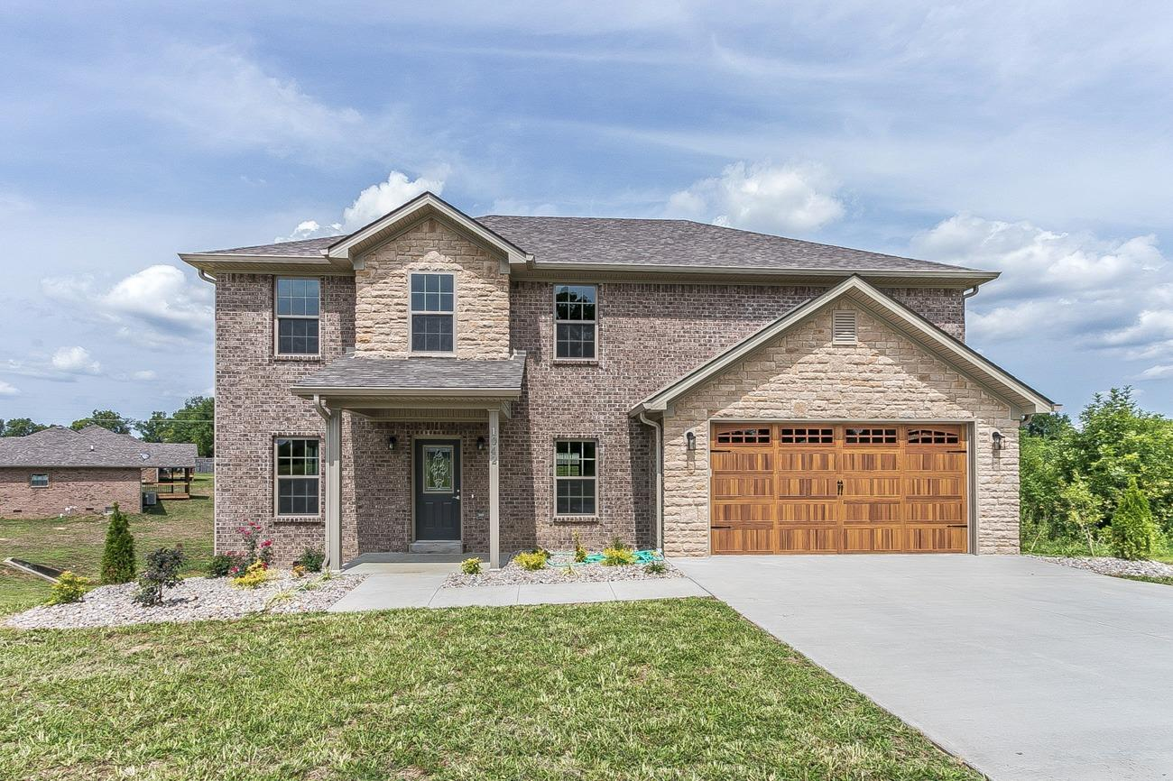 Home For Sale at 1042 Burgundy Pass, Berea, KY 40403