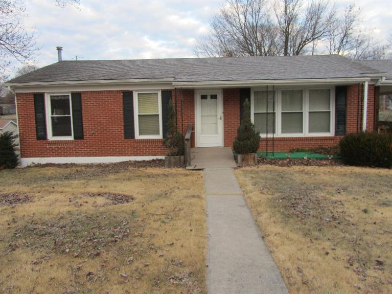 275 Lakeview Dr Cynthiana, KY 41031