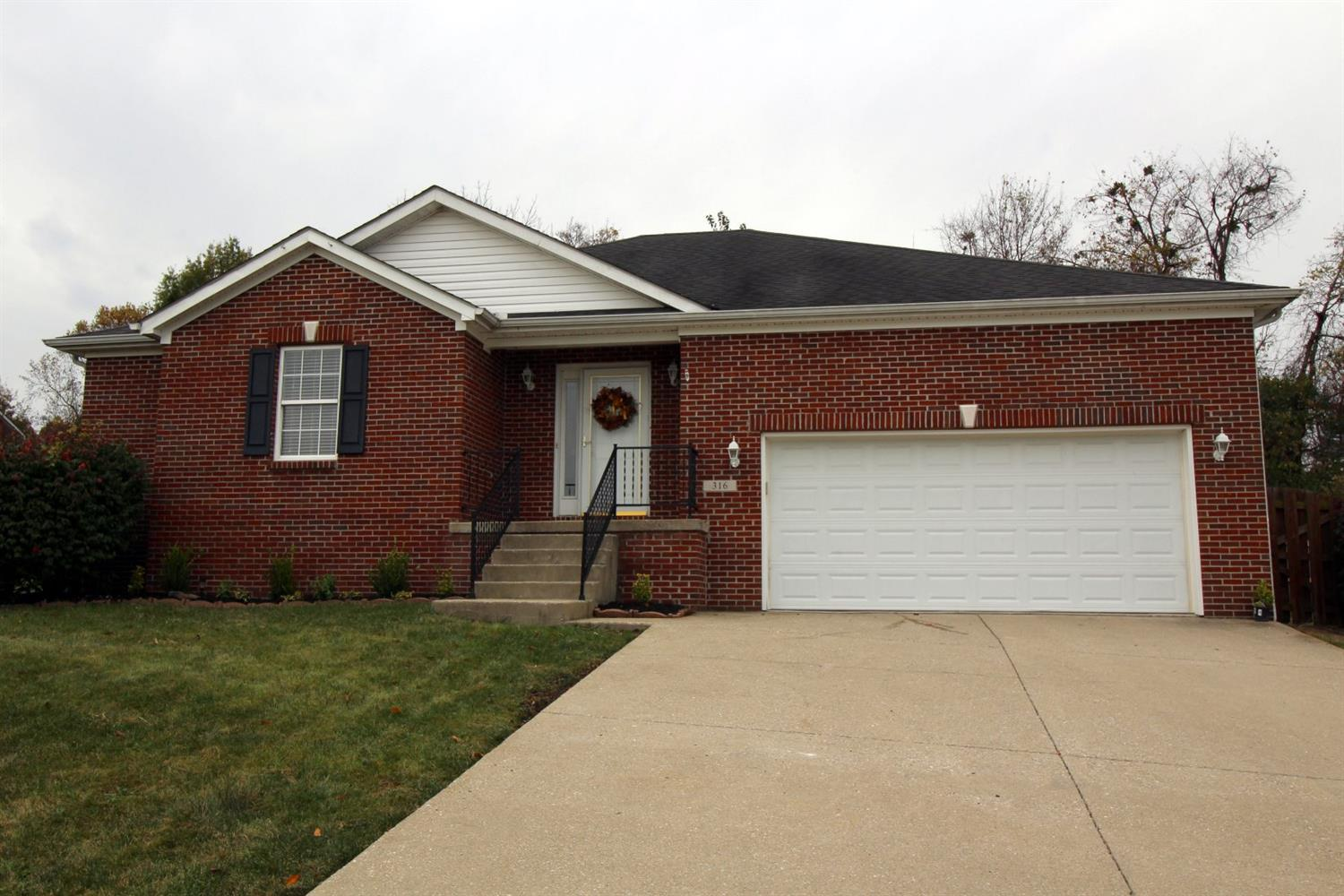 Home For Sale at 414 Winners Cir, Frankfort, KY 40601