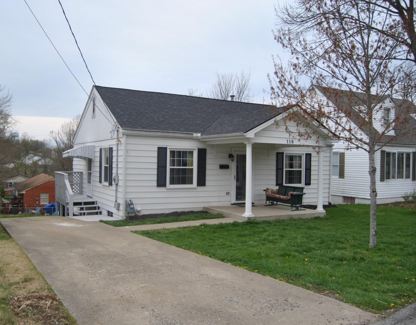 Home For Sale at 163 Rucker Ave, Georgetown, KY 40324