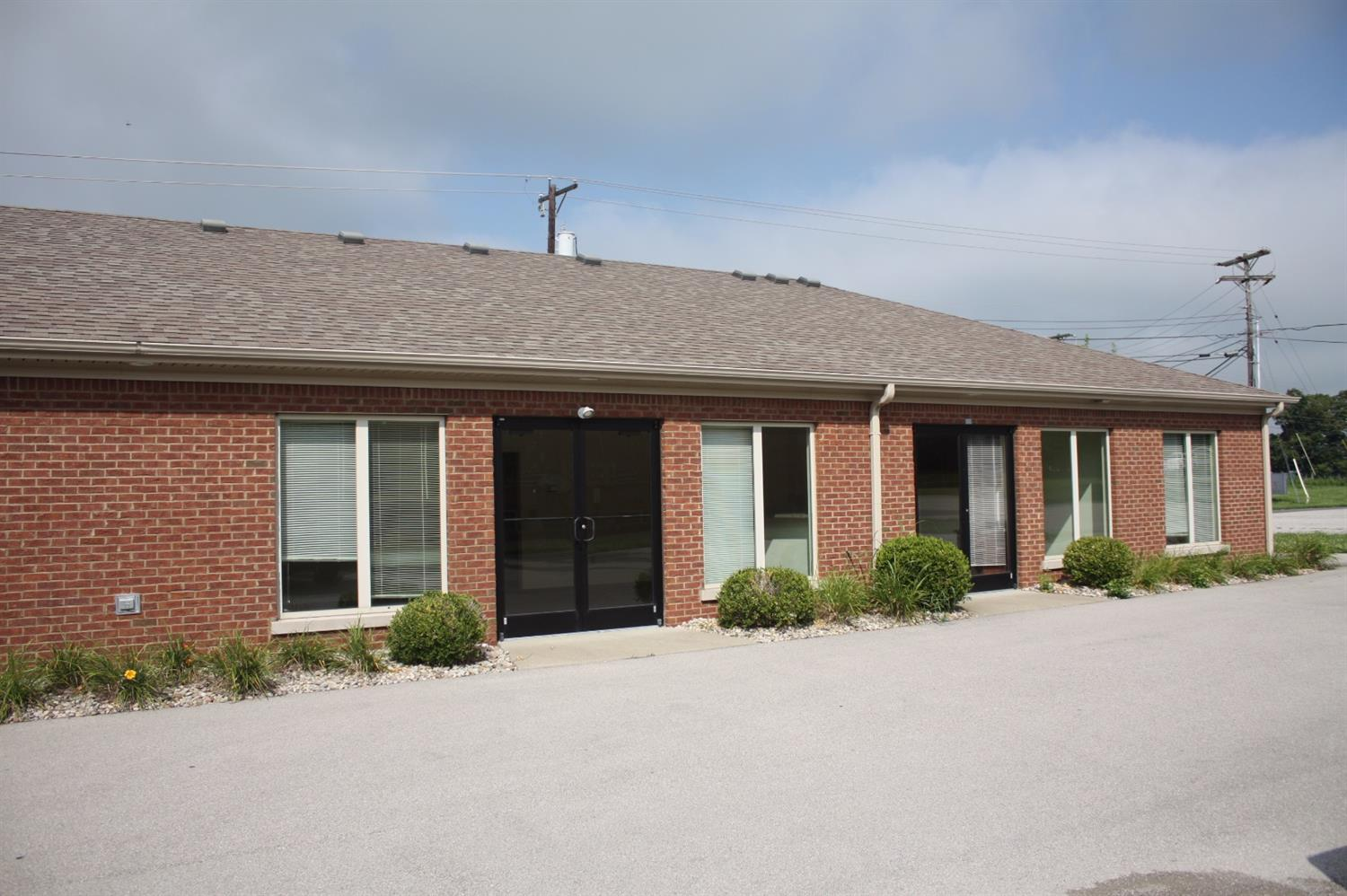 Freestanding%20commercial%20building%20available%20near%20Downtown%20Versailles.%20Zoned%20B-4%20(Highway%20Business%20District),%20this%20location%20can%20serve%20a%20number%20of%20possible%20tenants.%20The%204,000%20SF%20building%20consists%20of%202%20(two)%201,000%20SF%20units%20and%20a%202,000%20SF%20unit%20which%20is%20currently%20fit%20up%20for%20a%20medical/office%20user.%20The%20property%20is%20available%20for%20sale%20or%20lease,%20with%20available%20units%20ranging%20from%201,000%20SF%20to%203,000%20SF.