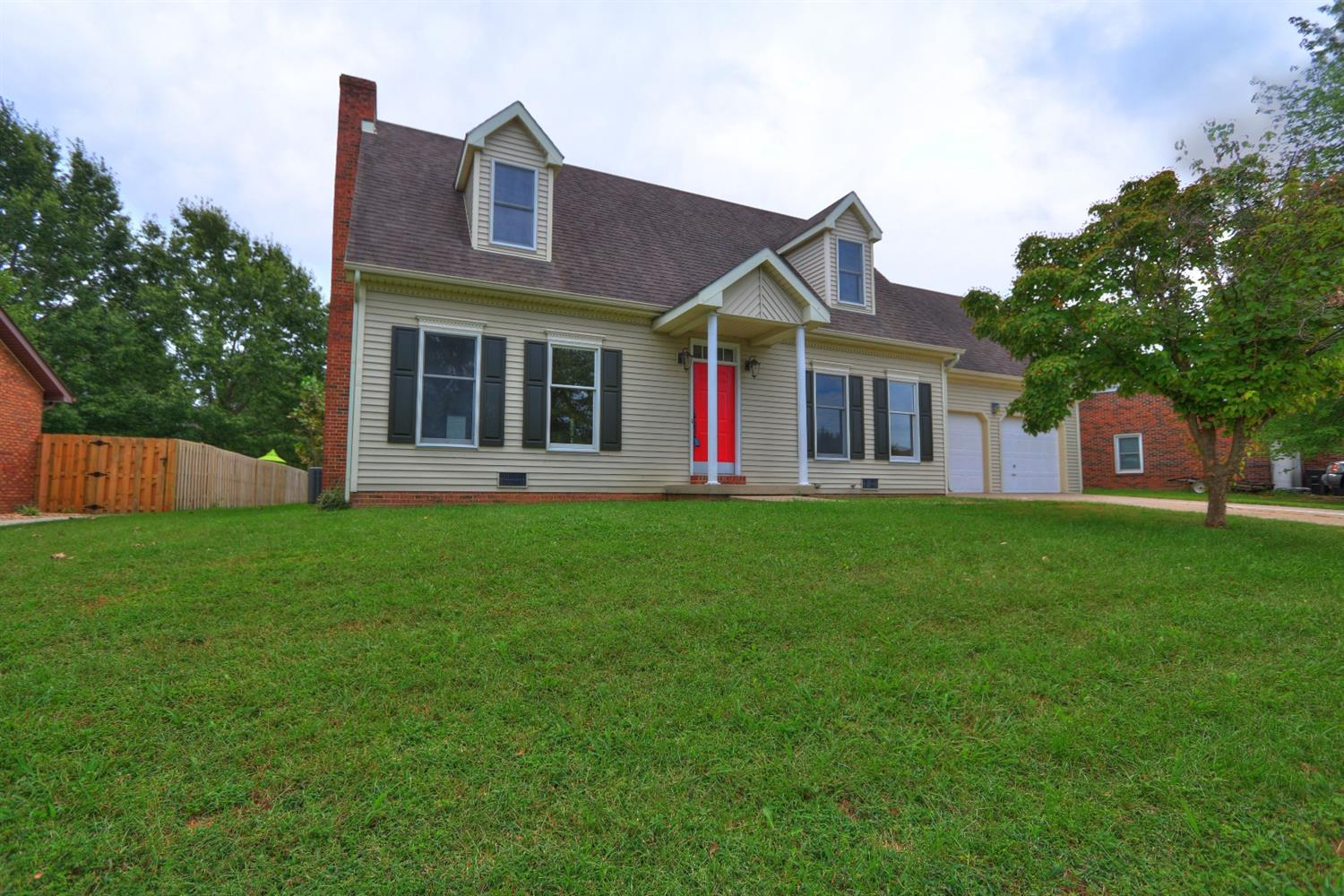 Home For Sale at 410 Winners Cir, Frankfort, KY 40601