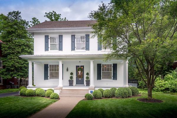 Home For Sale at 1400 Fincastle Rd, Lexington, KY 40502