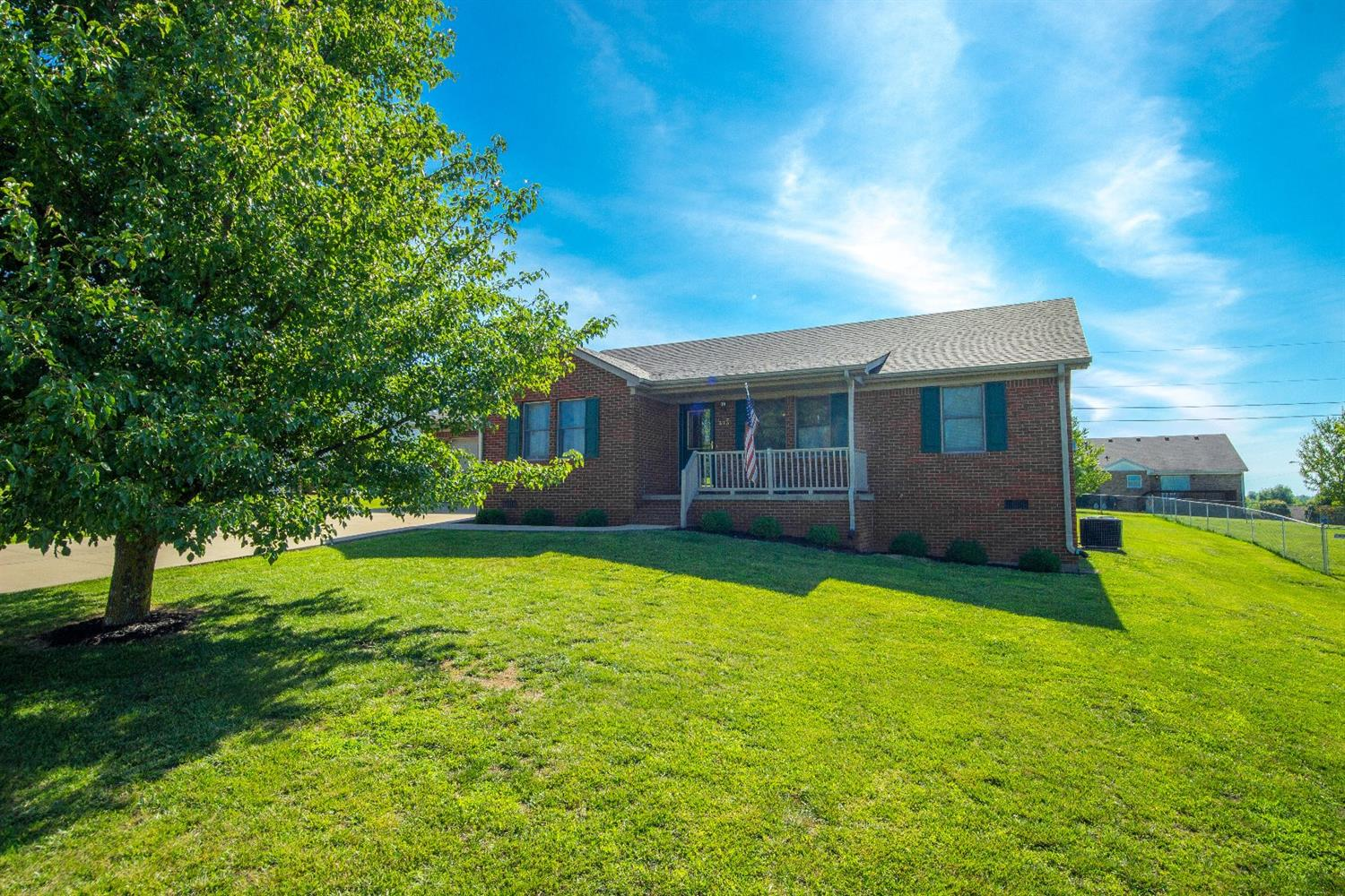Home For Sale at 406 Pope Ave, Harrodsburg, KY 40330