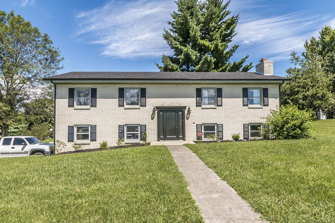8 Parke Dr, Richmond, KY 40475