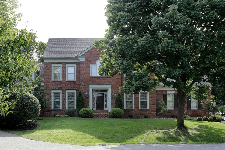 2376 The Woods Lane, Lexington, KY 40502