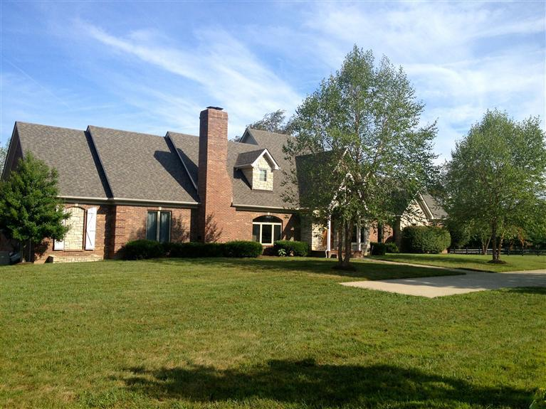Property for sale at 4761%20Mt%20Horeb%20Pike%20Lexington,%20KY%2040511