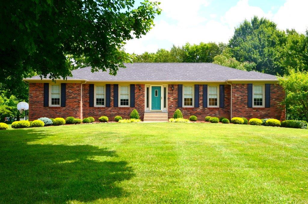 Home For Sale at 1120 E Secretariat Dr, Danville, KY 40422