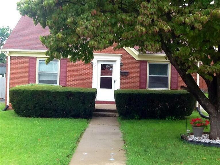 833%20Warfield%20Pl%20Lexington,%20KY%2040505 Home For Sale