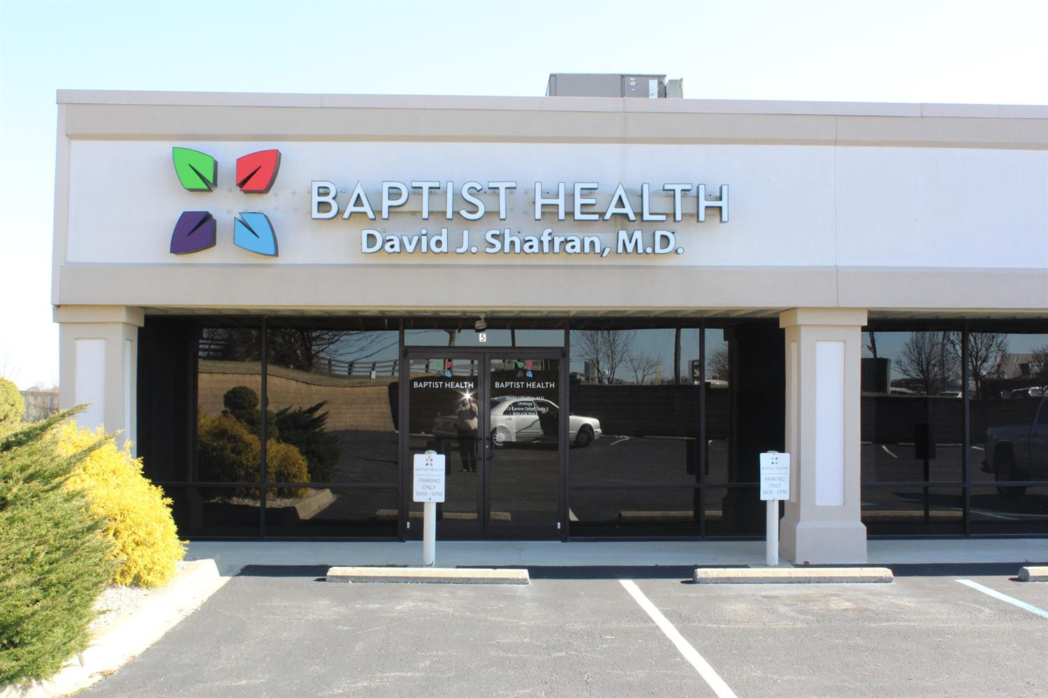 For%20Lease%201850%20sq%20ft%20Medical%20Office%20space%20(Unit%20#5)or%20any%20type%20of%20business%20wanting%20space%20for%20a%20professional%20office,%20formerly%20Urology%20office%20for%20Baptist%20Health%20$11.50%20per%20sq.%20ft.%20It%20is%20turn%20key%20&%20ready%20a%20specialty%20doctor,%20pediatrician,%20chiropractor,%20etc.%20Many%20features:%20nice%20lobby%20area,%20registration%20area%20to%20check%20in/out%20patients%20or%20customers,%20file%20rm,%20laboratory%20rm,%203%20exam%20rms,%20lg%20break%20rm%20w/kitchenette,%202%20BA%20rms%20&%20office%20w/private%20bath%20&%20shower.%20A%20perfect%20turn%20key%20office%20space%20for%20any%20type%20of%20professional%20business.%20Office%20has%20a%20rear%20entry%20&%20comes%20w/lg,%20lighted%20square%20elevated%20pole%20sign,%20plus%20small%20marquee%20sign%20that%20sets%20on%20the%20road.%20Great%20parking%20&%20excellent,%20convenient%20location%20right%20off%20EKU%20By-Pass,%20across%20the%20street%20from%20Kroger%20&%20behind%20Sonny's%20BBQ.%20%20Very%20motivated,%20lease%20amount%20is%20subject%20to%20negotiation.
