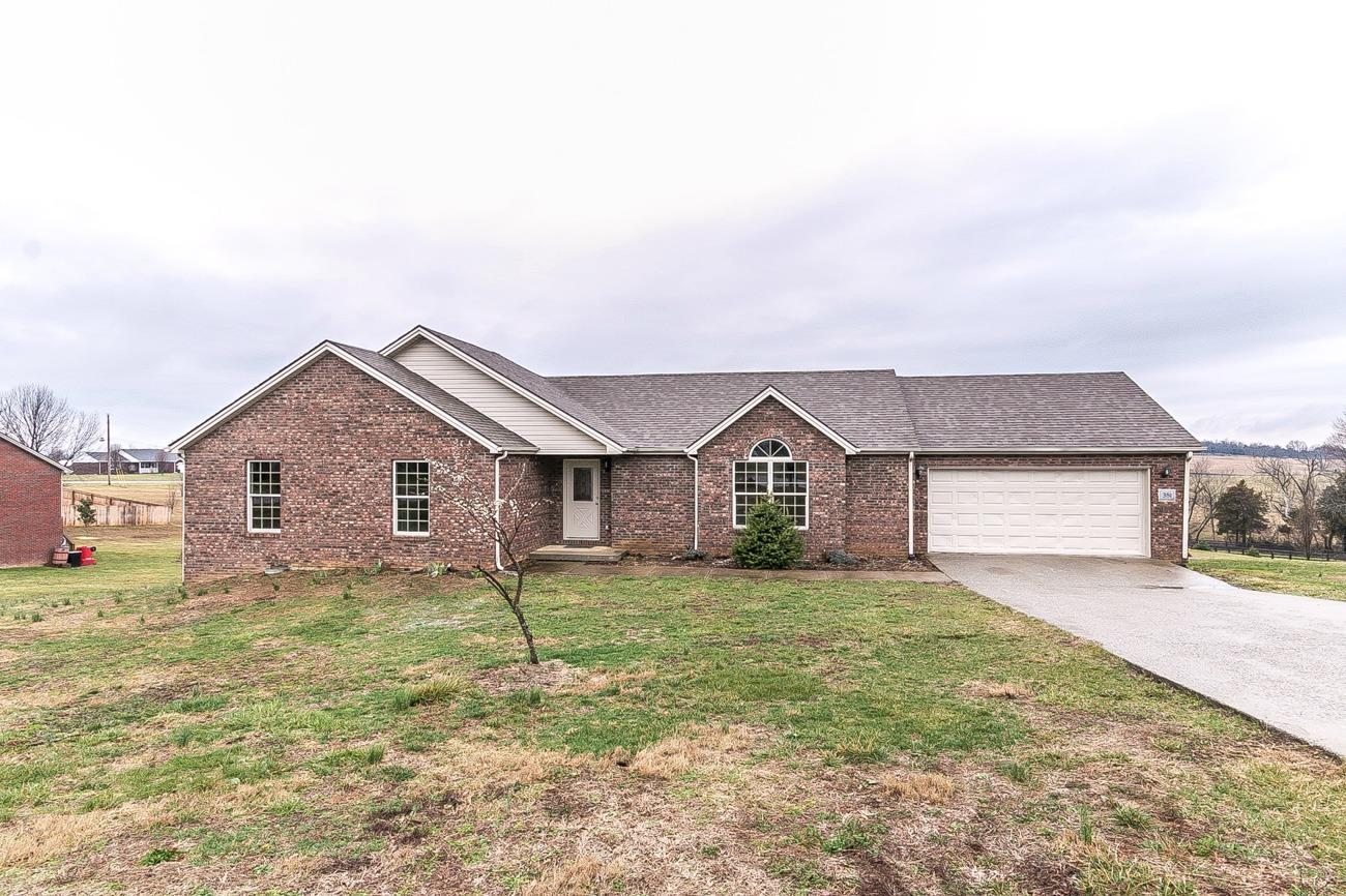 Home For Sale at 105 Cassie Ct, Berea, KY 40403