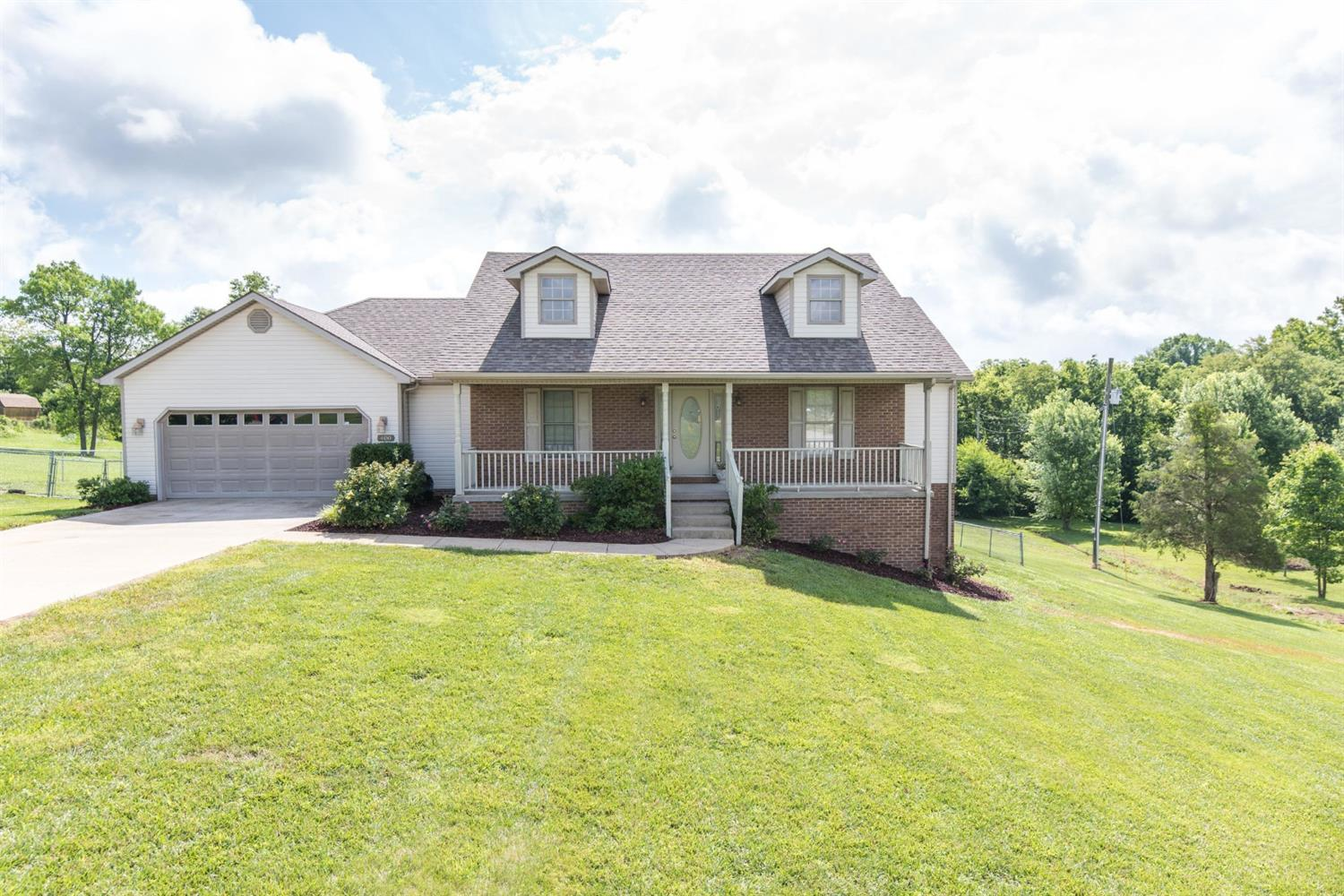 Beautiful%20ranch%20on%20a%20full%20walk%20out%20basement!%20This%20home%20has%20it%20all,%204%20bedrooms,%203%20full%20baths%20on%20an%20AMAZING%201%20acre%20lot.%20%20Spacious%20layout%20that%20features%20a%20formal%20dining%20room%20and%20family%20room%20with%20specialty%20ceilings,%20gas%20log%20fireplace%20and%20beautiful%20hardwood%20flooring.%20The%20kitchen%20offers%20lots%20of%20cabinet%20and%20counter%20space%20plus%20a%20breakfast%20area%20overlooking%20the%20beautiful%20backyard.%20%20Outside%20you%20will%20find%20a%20large%20fenced%20area,%20a%20big%20storage%20shed%20and%20an%20outstanding%20fire%20pit%20with%20large%20rocks%20that%20is%20the%20perfect%20spot%20for%20fun%20filled%20evenings%20in%20the%20backyard.%20Superb%20location!%20This%20home%20is%20only%20minutes%20from%20Lexington,%20Richmond%20and%20Winchester.%20Easy%20to%20view,%20schedule%20your%20private%20showing%20today!