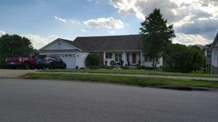 Home For Sale at 210 Mallard Dr, Frankfort, KY 40601