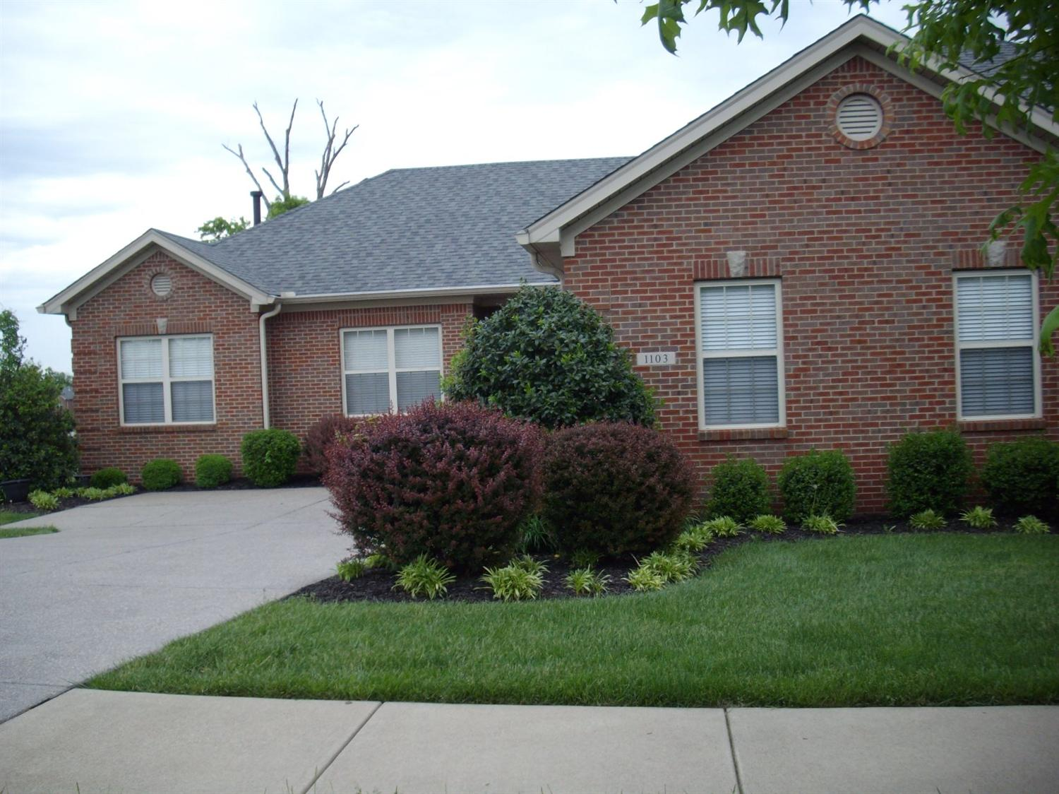 Home For Sale at 1103 Leawood Dr #114, Frankfort, KY 40601
