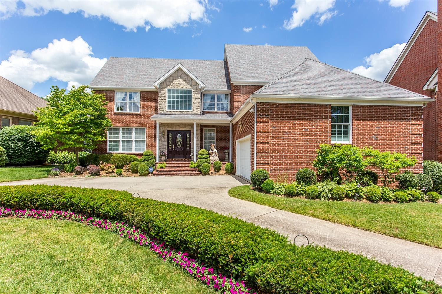 3433 Chestnut Hill Lane, Lexington, KY 40509