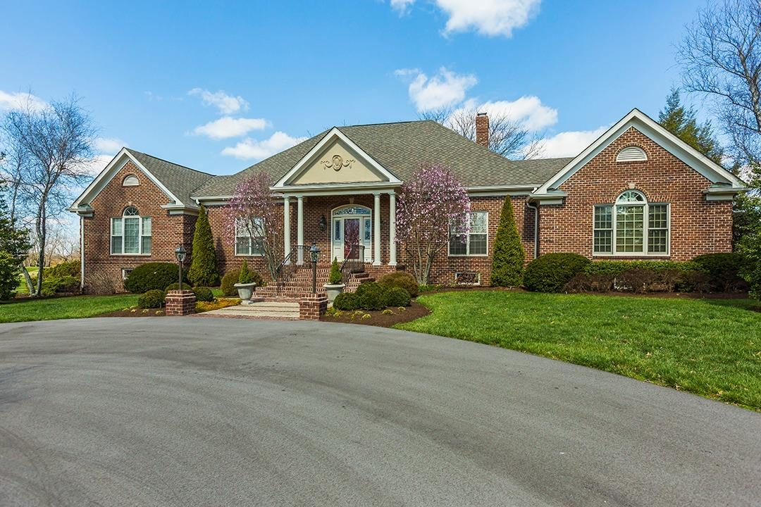 Home For Sale at 23 Avenue of Champions, Nicholasville, KY 40356