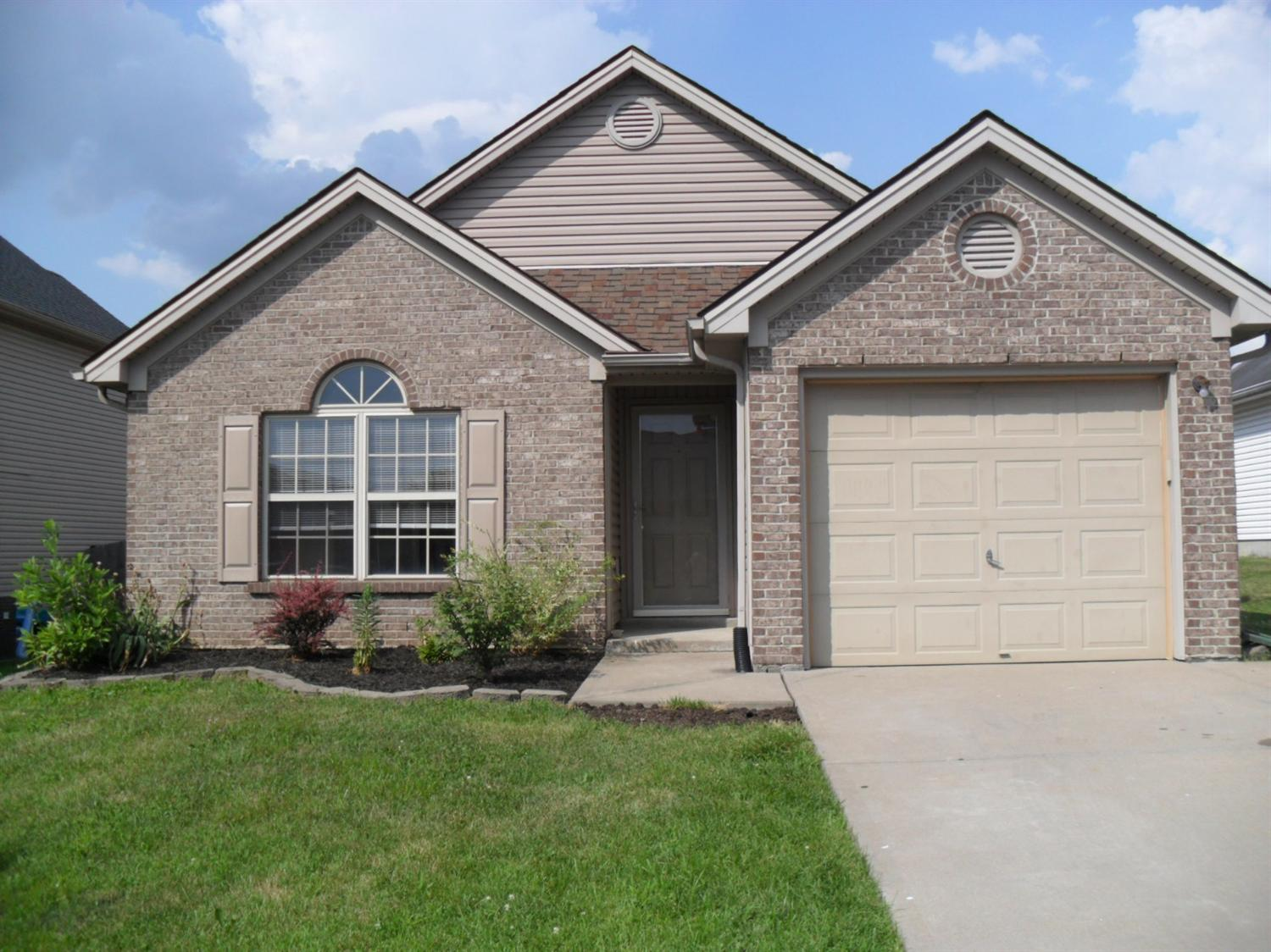 Home For Sale at 118 Warren Pass, Georgetown, KY 40324