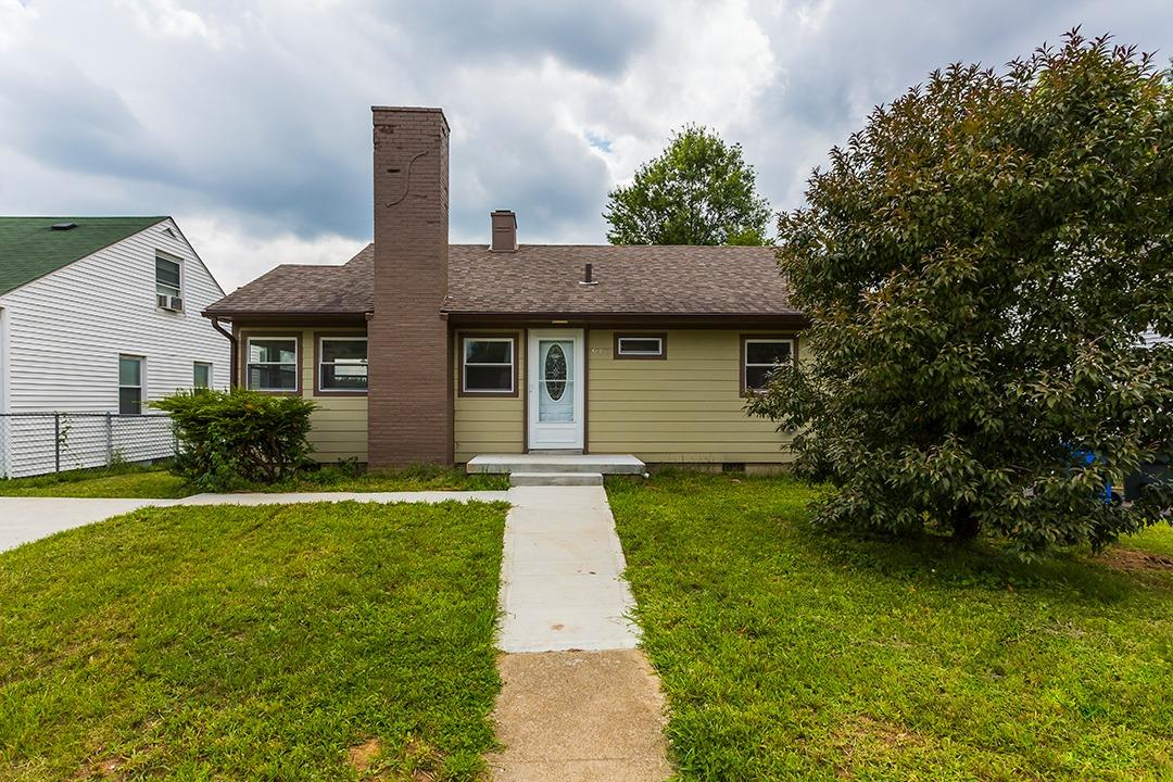 Home For Sale at 858 Carneal Rd, Lexington, KY 40505