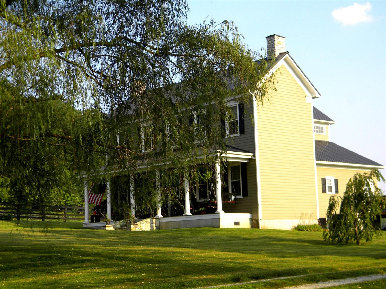 Property for sale at 3899%20N%20Fork%20Rd,%20Stanton,%20KY%2040380