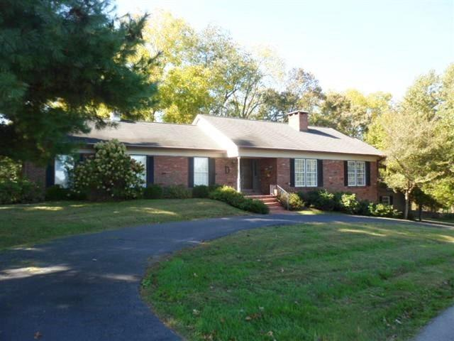 Home For Sale at 50 Hedgewood, Frankfort, KY 40601