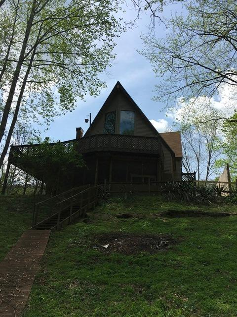Home For Sale at 295 Big Eddy Rd, Frankfort, KY 40601