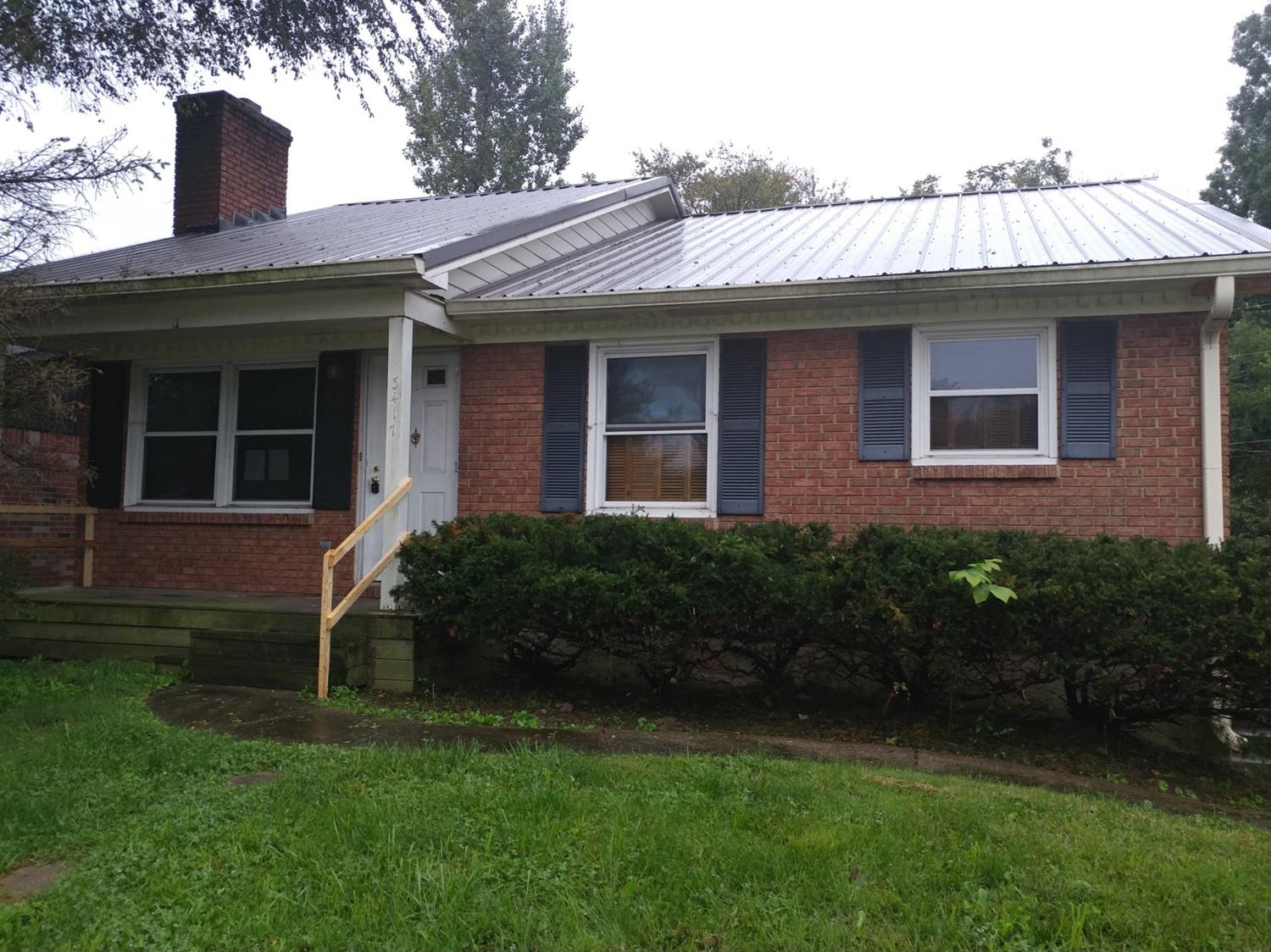 Brick%20ranch%20home%20on%20basement.%20Vaulted%20ceiling%20in%20living%20room%20and%20fireplace.%20Basement%20has%20another%20fireplace,%20family%20room,%20bar%20area%20and%20full%20bath.%20Garage%20in%20basement.%20Property%20is%20sold%20as-is%20only.%20$1,000%20minimum%20earnest%20money%20deposit%20required.%20Buyer/Buyer's%20agent%20should%20verify%20ALL%20information%20contained%20within%20this%20listing.%20Schools%20should%20be%20verified%20at%20time%20of%20offer.%20Equal%20Housing%20opportunity.%20%20This%20property%20has%20an%20uninsured%20escrow.
