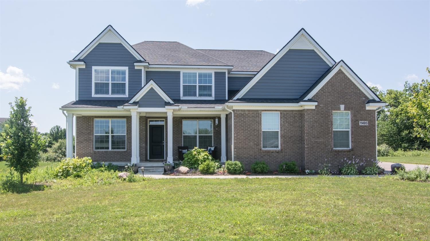 MLS# 3263930 - 11495  Castleton Court Dexter MI 48130