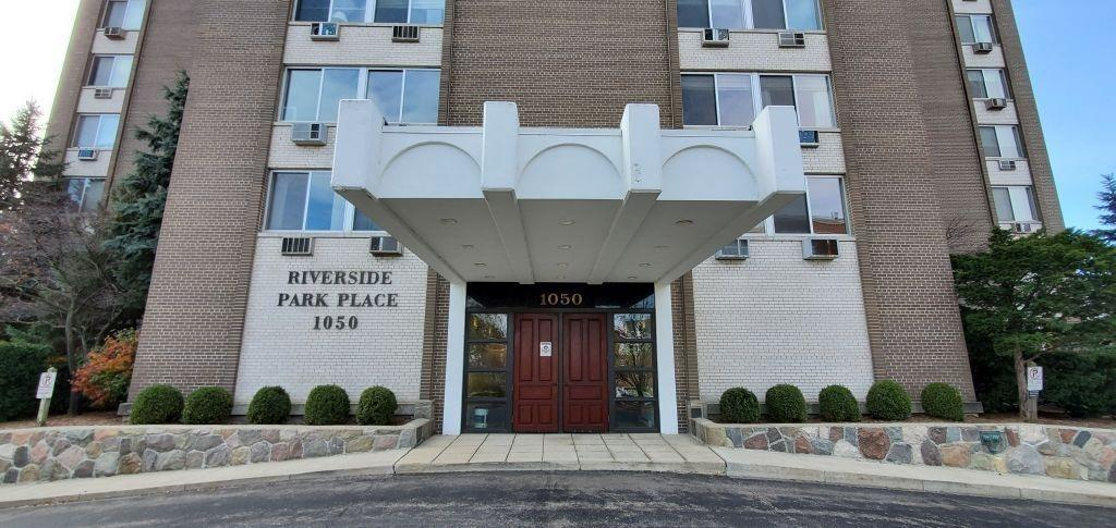 1050 Wall Street, Ann Arbor, MI 48105 2
