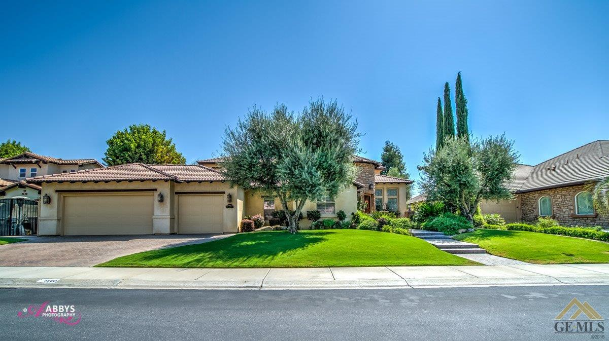 Photo of 4908 Islands Drive, Bakersfield, CA 93312