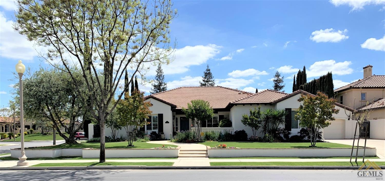 Photo of 2100 Harwood Street, Bakersfield, CA 93311