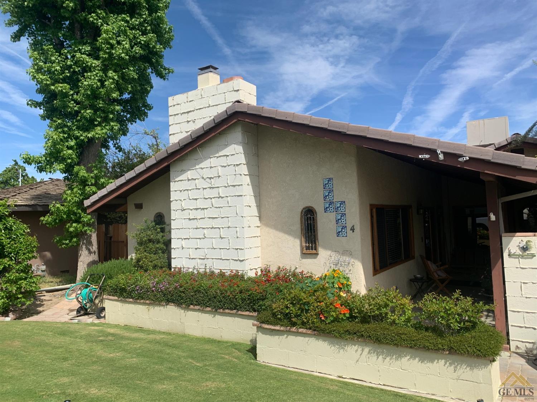 Photo of 4 Westpark Way, Taft, CA 93268