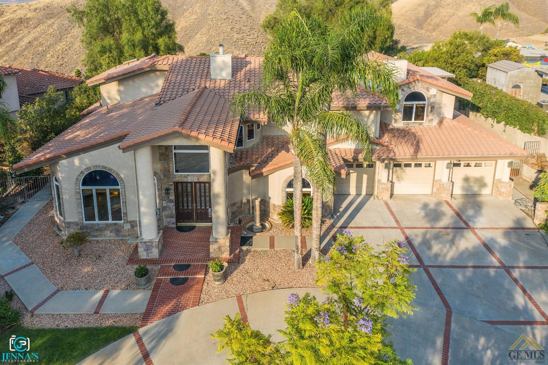 Photo of 6207 De La Guerra Terrace, Bakersfield, CA 93306