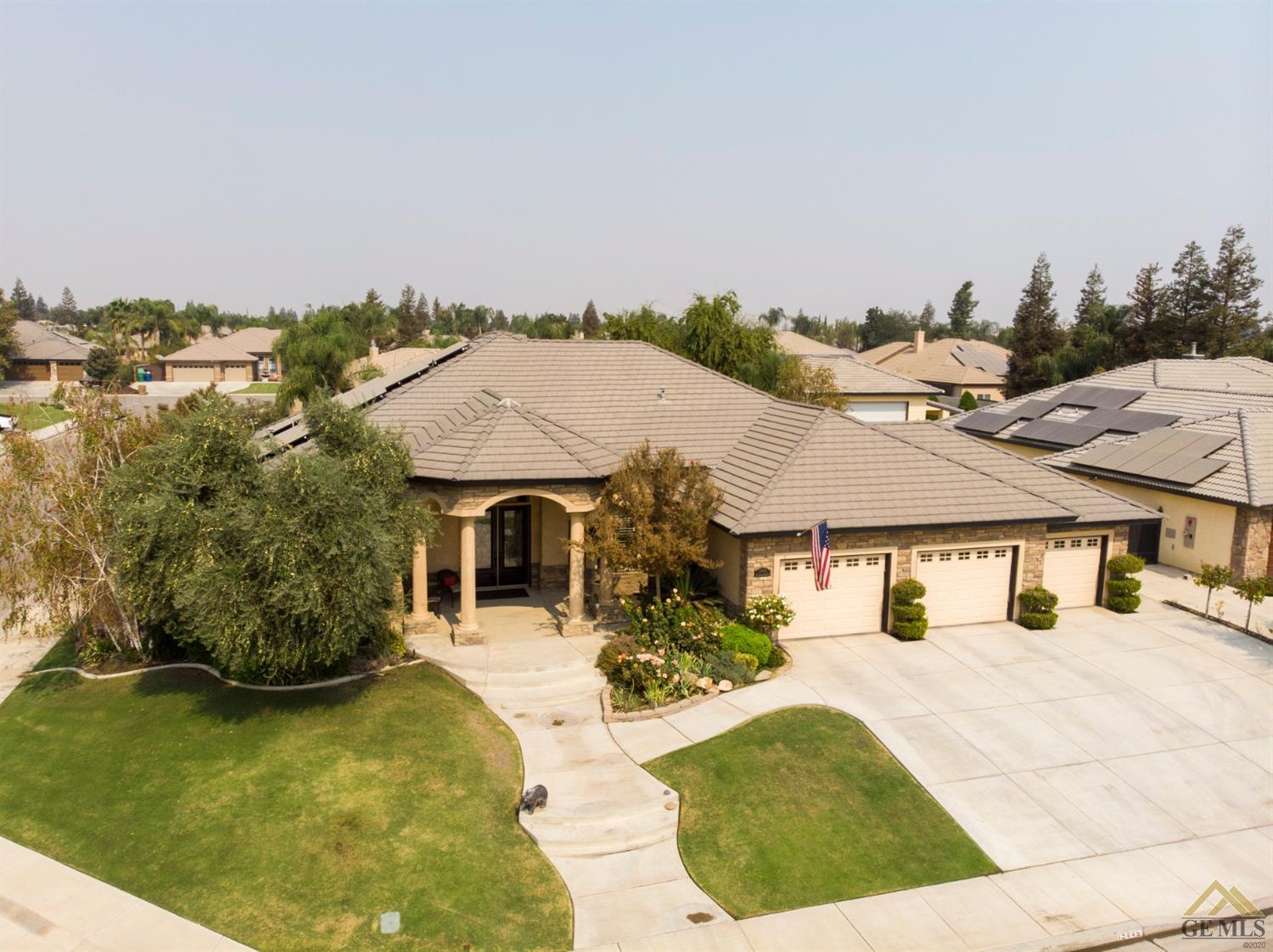 Photo of 15446 Chateau Montelena Drive, Bakersfield, CA 93314