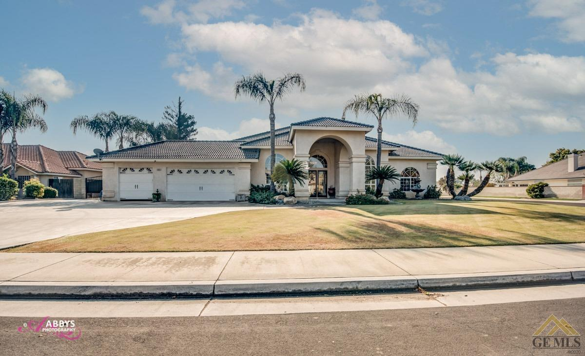 Photo of 15521 Black Hawk Avenue, Bakersfield, CA 93314