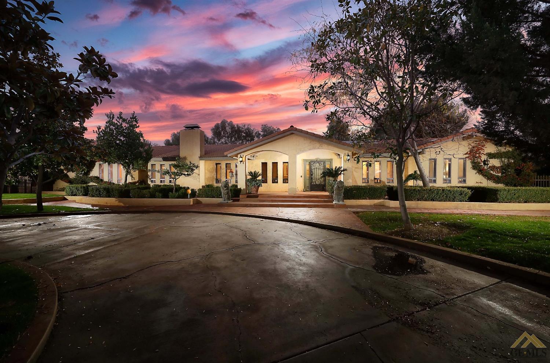 Photo of 6802 River Grove Street, Bakersfield, CA 93308