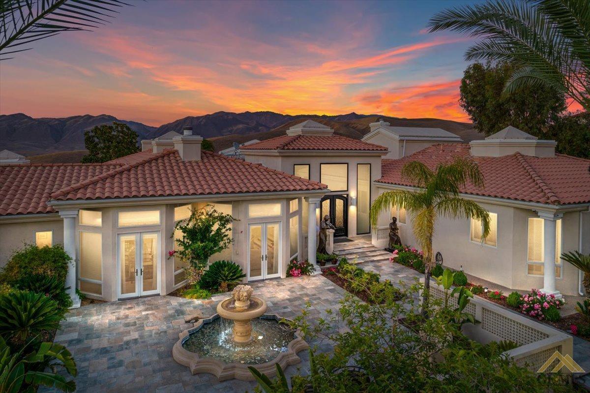 Photo of 6215 De La Guerra Terrace, Bakersfield, CA 93306