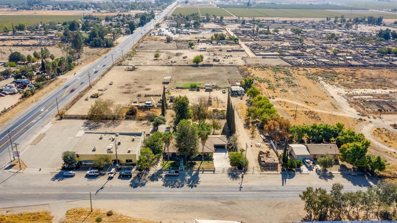 Photo of 4901 Weedpatch Highway, Bakersfield, CA 93307