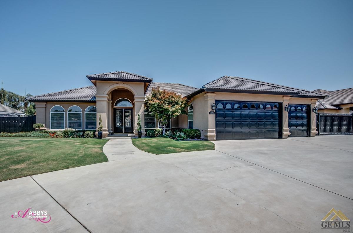 Photo of 15520 Arabella Avenue, Bakersfield, CA 93314