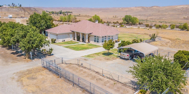Photo of 14712 Oilfields Road, Bakersfield, CA 93308